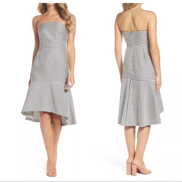 chelsea28 Dresses & Skirts - Chelsea28 Trumpet dress black white stripe 14